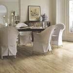 drewno w salonie