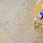 pastelowe wzory na podłogę